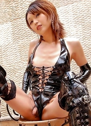 With such a cute face and a killer body, Emiru is inundated with casting calls from Adult Video producers.