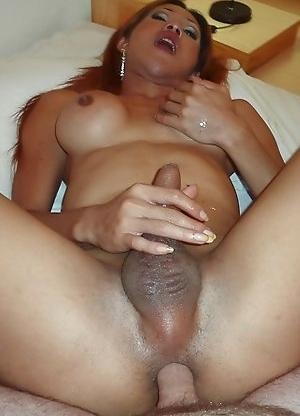 Big cock Ladyboy Lek fucked bareback and creampied in short time