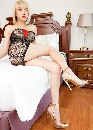 Alice is looking drop-dead gorgeous with short blonde hair, in a little black dress, and high heels. The POV follows Alice to the bedroom, mesmerized