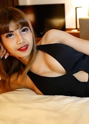 Pretty 26yo Thai ladyboy May gets a mouthful of cum from big white cock