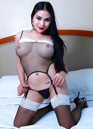 TS Filipina Beautiful Hottie Ass Toying