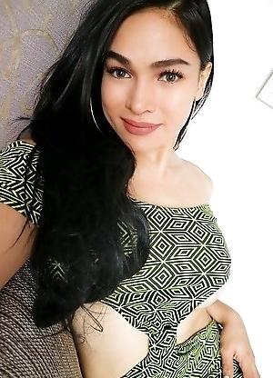 Ts Filipina Sexy Dress Selfie