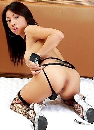 Ladyboy Lisa - Chains, Pain and Pleasure