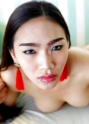 Lovely big-dicked Thai Ladyboy Ivy opens ass for tourist after date