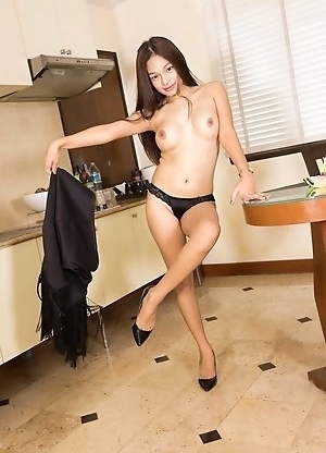 Ladyboy Bai Thong - Black Flapper Dress Glass Toy Solo