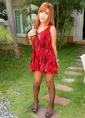 Ladyboy Naomi - GF Dress No Panties Bareback CIM