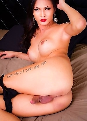 Sexy Breeze is a gorgeous sultry looking tgirl with a smoking hot body, big tits, a juicy ass and a big hard uncut cock!