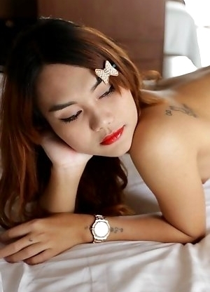 22 year old Thai ladyboy Ning gets fucked and sucks a tourist cock and gets a facial
