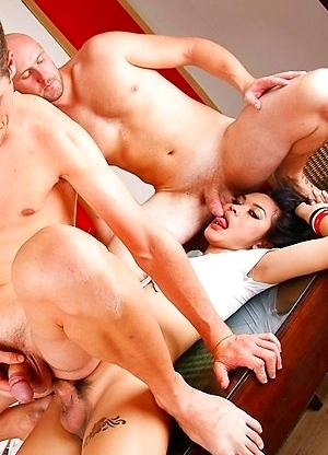 Bi fucking orgy with 2 horny guys and pretty Ladyboy May