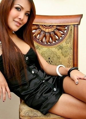 Asian Femboy - Som