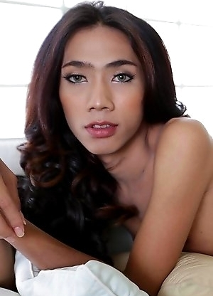 19 year old sexy and horny Thai ladyboy Cheez sucks off white cock