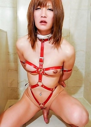 Twenty-three year old Kanon comes from the north-eastern country of Fukushima where beautiful women are abundant.