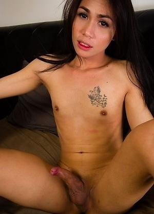 Rose takes great care of herself, very clean, smells so good and has a great natural and sexy body.