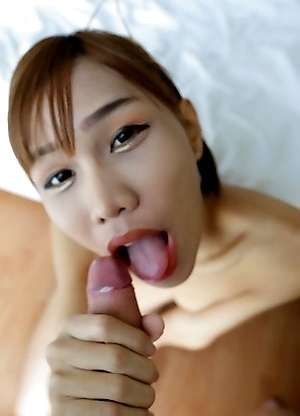 18 year old Thai shemale Nutty gets facial after sucking white tourists cock