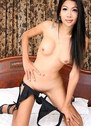Asian Femboy - Kang